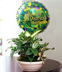 St. Patrick's Day mylar balloon included!